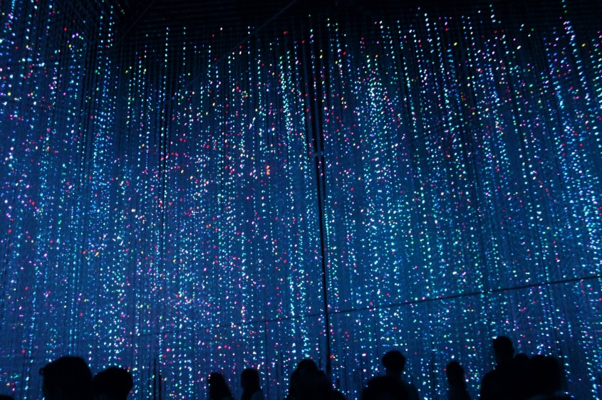 Digital Art Lab's crystalline LED room